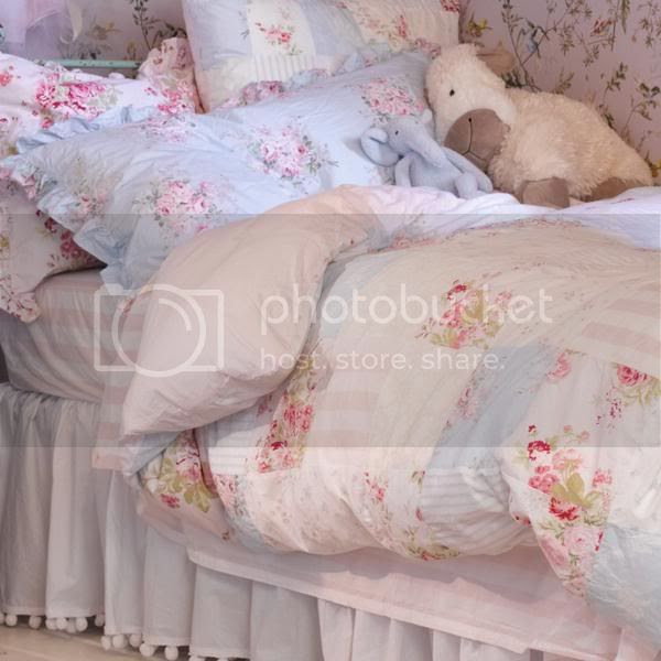 Rachel Ashwell Shabby Chic Fabric & Cottage Chic Bed Sheets