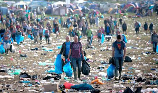 Glastonbury sack 600 EU immigrants on zero hour contracts