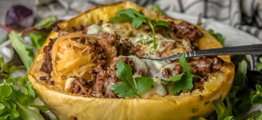 Beef and Sauce Stuffed Spaghetti Squash