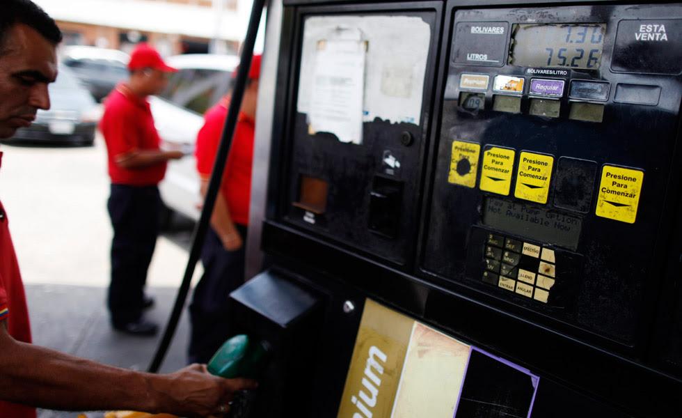 Venezuela pierde más de 12.500 millones de dólares al año por subsidio de gasolina