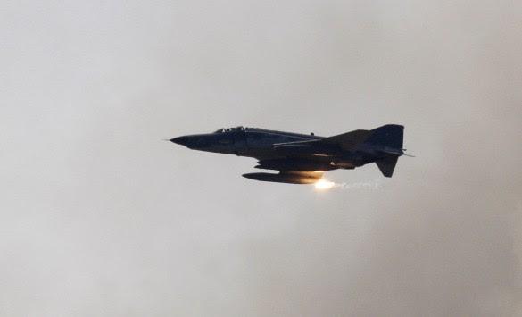 Ρωσικά αεροσκάφη πάνω από την Ουκρανία – Νέες κυρώσεις από την G7 κατά της Ρωσίας