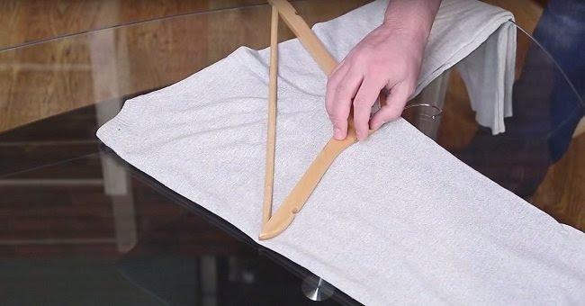 как повесить свитер