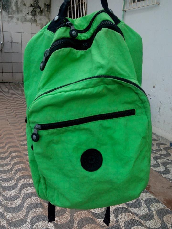 Resultado de imagem para Jovem tem mochila furtada