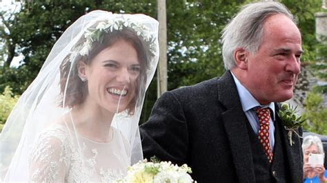 Rose Leslie Marries Kit Harington in Dramatic Gown