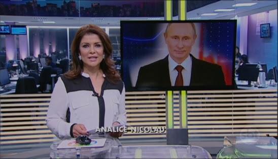 Analice Nicolau no comando do boletim de notícias do SBT (Foto: Reprodução/SBT)