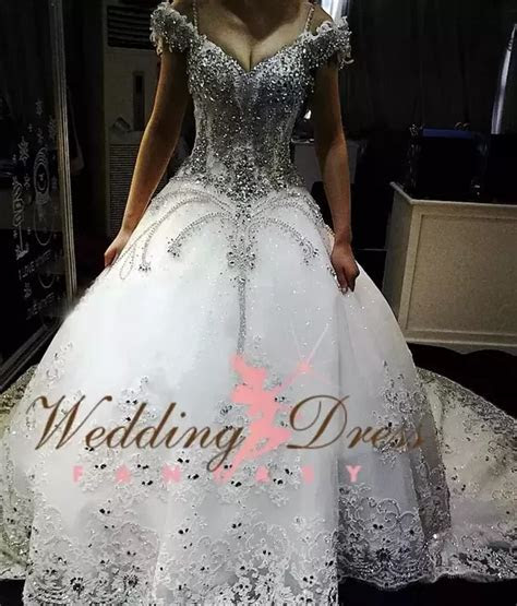 How much does a Gypsy wedding dress cost?   Quora