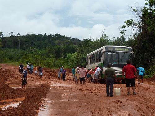 Essayez de pousser un bus !!