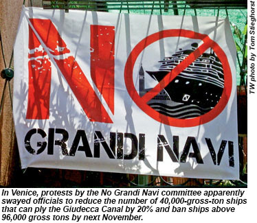 A banner by the No Grandi Navi committee.