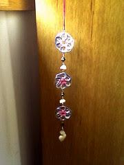 mobil de anilhas (Orquidea) Tags: crafts artesanato recycling reciclagem anilhas lacres poptabs handmadebyorqudeapires criatividadeemmovimento