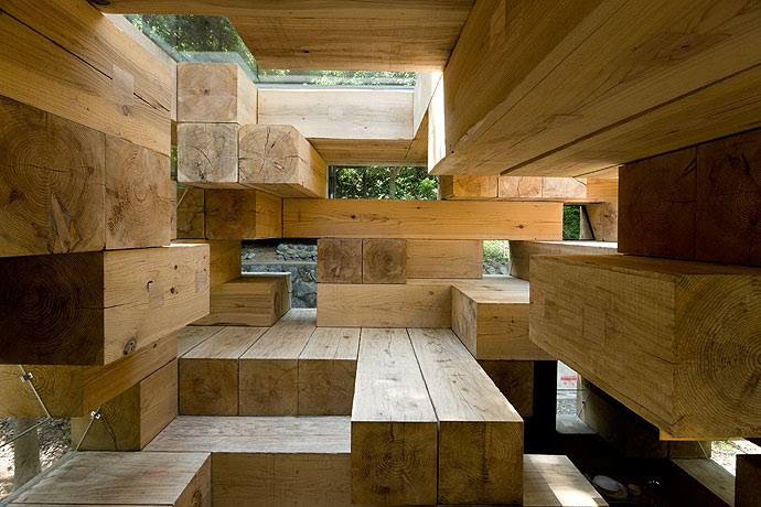 http://www.archdaily.com/wp-content/uploads/2008/10/728188514_04.jpg
