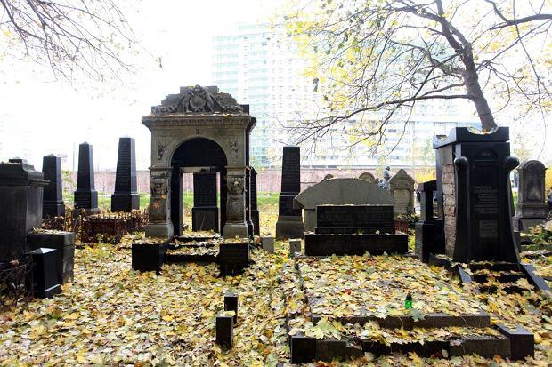 Cmentarz Żydowski w Święto Zmarłych
