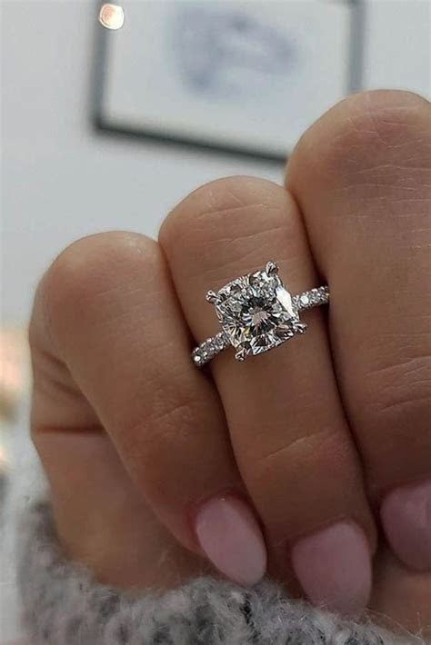 25 Gorgeous Engagement Rings To Get Inspired   Weddingomania