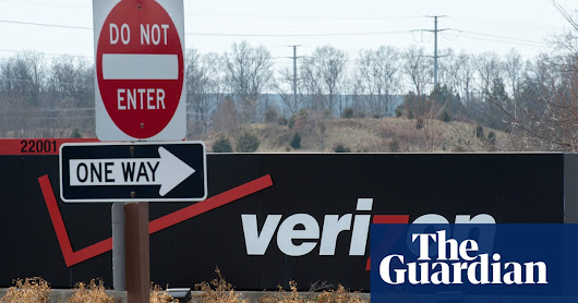Yahoo parent Verizon cuts value of media brands by $4.6bn | Business | The Guardian