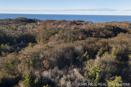 Gorgeous Lot With Access to Lake Michigan