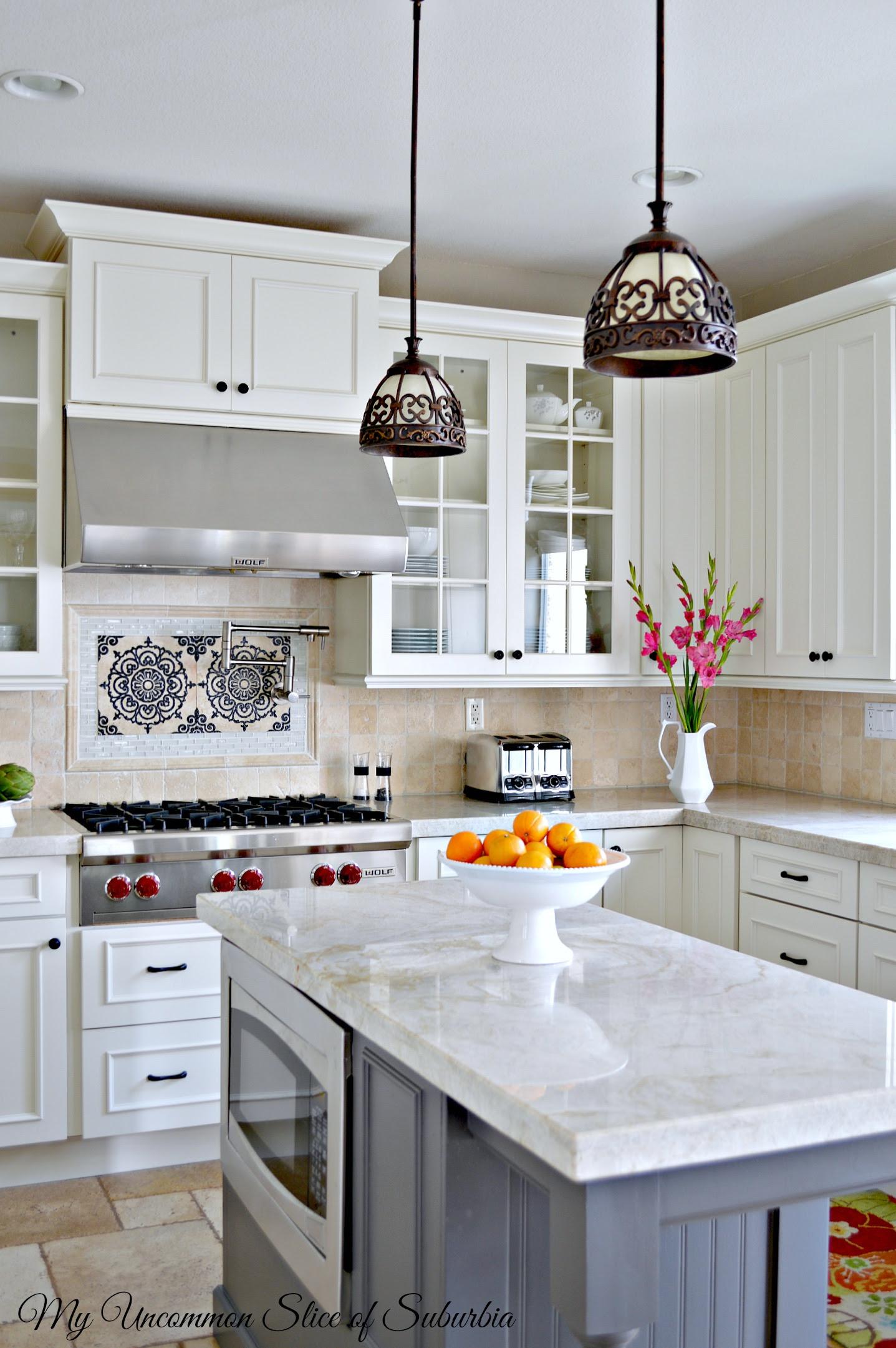White & Elegant Kitchen Remodel