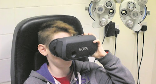 Virtual reality headsets helping people pick glasses