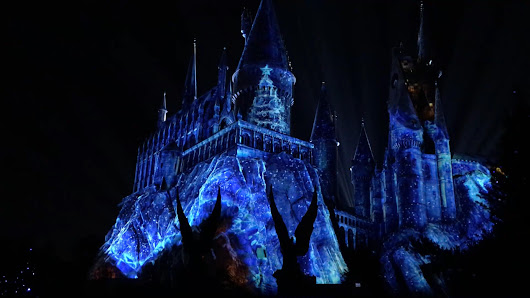 Universal unwraps new parade, Potter program for holidays