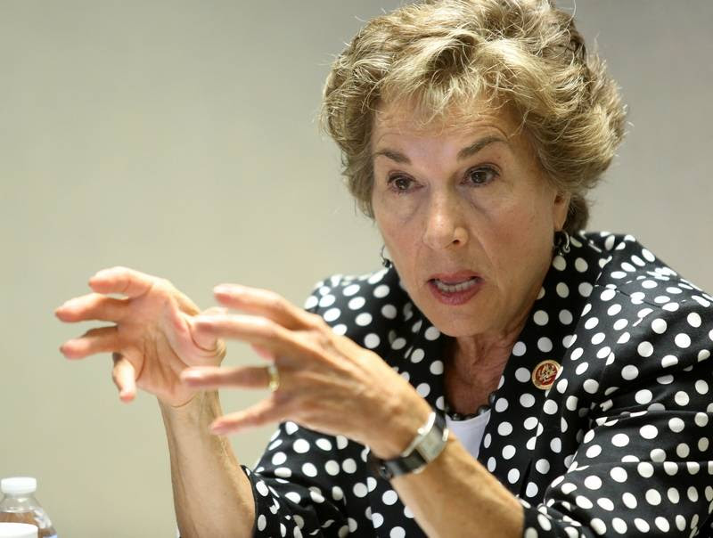 Image result for Lynn Sweet and Jan Schakowsky