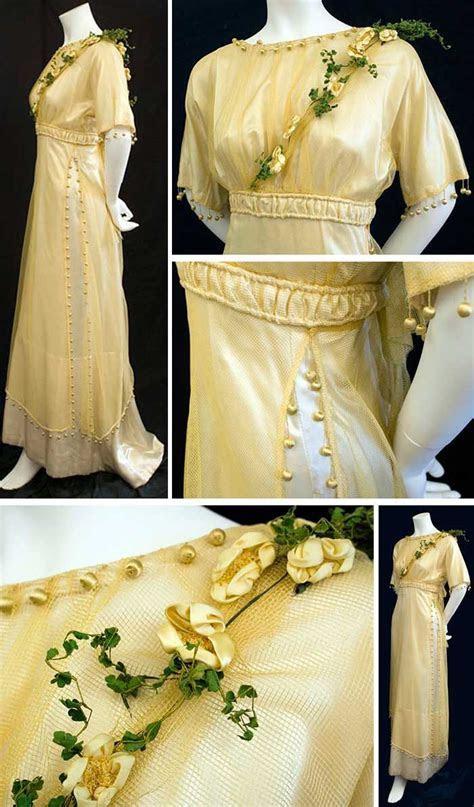 Bridesmaid's dress, ca. 1910. Golden mesh tunic over ivory
