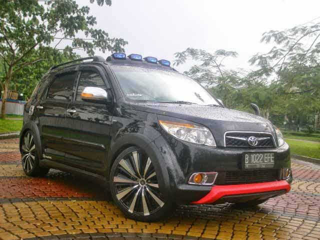 20 Modifikasi Toyota Rush Daihatsu Terios Terbaru - Otodrift