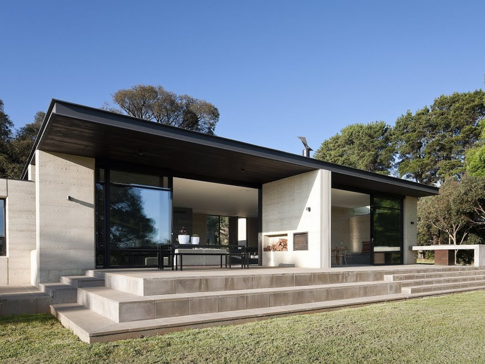 Minimalist Home Design With Flat Roof