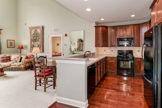 Four Seasons, New Jersey, Bridgewater | 55 Community Guide