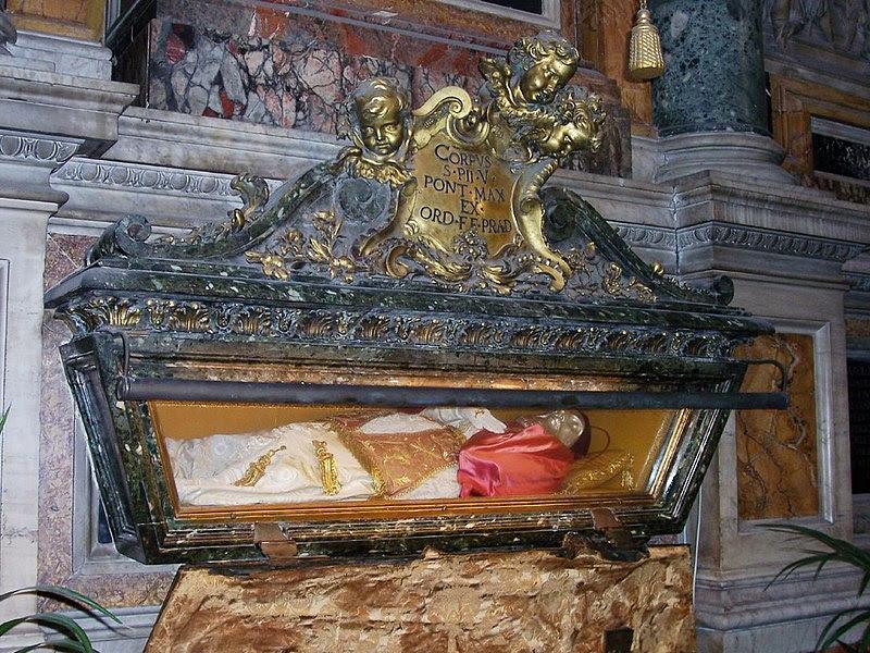 File:Roma-Santa Maria Maggiore01.jpg