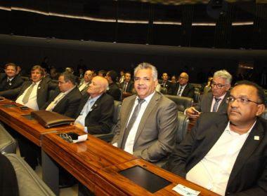 Mais de 400 prefeitos baianos participam de mobilização nacional em Brasília