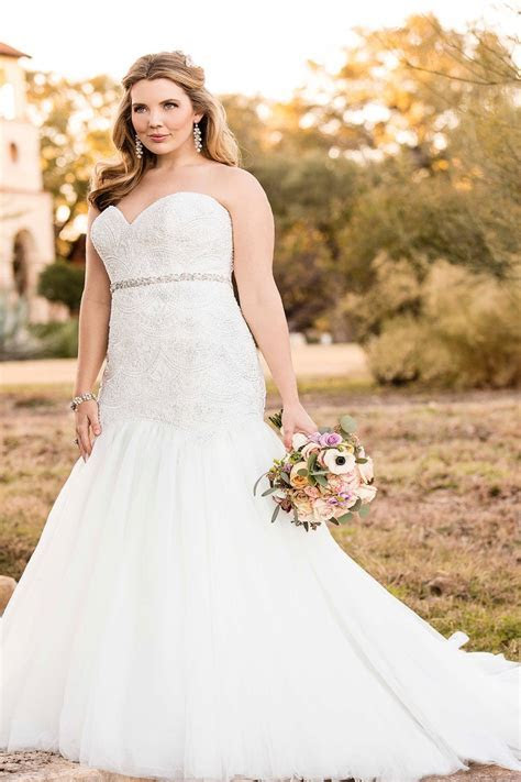 Plus size fall wedding dresses & Bridal Gowns 2018