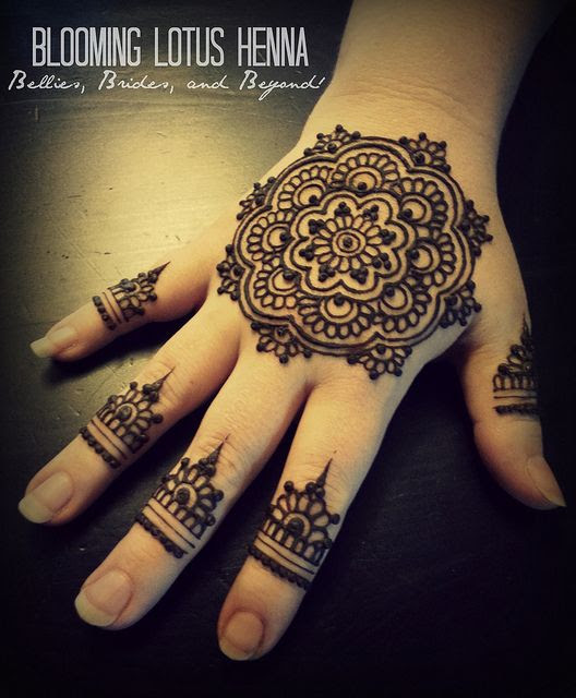 Mandala Henna Hand w/finger accents | Flickr - Photo Sharing!
