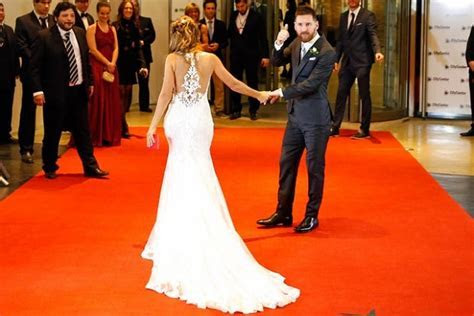 Lionel Messi Married his Childhood Sweetheart Antonella