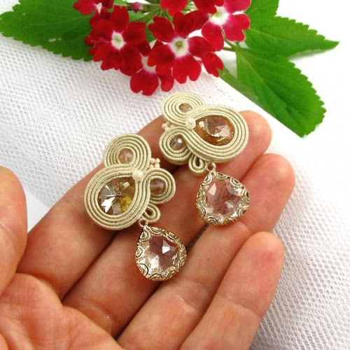 Hand embroidered soutache earrings