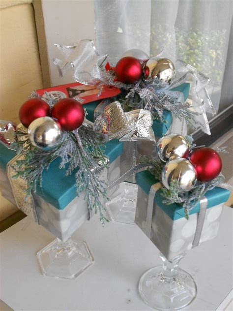 Dollar store centerpieces.   Christmas centerpieces