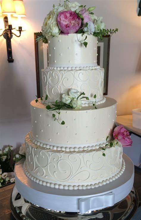Signature Wedding Cakes   White Flower Cake Shoppe