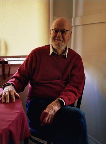 Lawrence Ferlinghetti, en su casa en San Francisco.