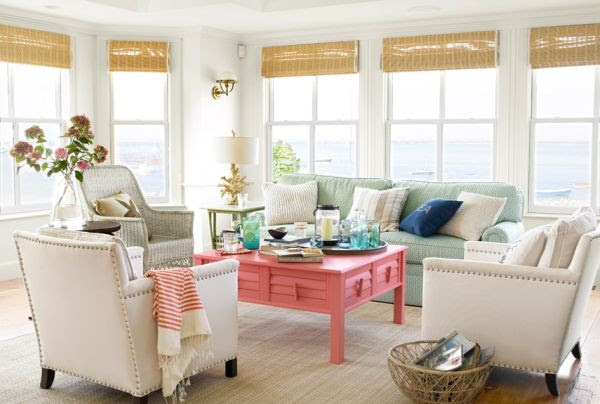 How to decorate a beach house