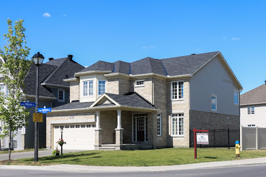 56% of Canadian Boomers can't afford to downsize in their own neighbourhoods