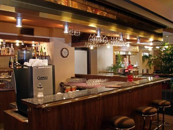 Review Hotel ILF