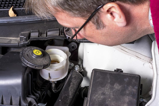 How Often Do I Need to Change My Brake Fluid? | News | Cars.com