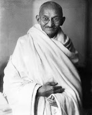 Gandhi Jayanti Speech, Essay, Bhashan, Quotes in Hindi, mahatma gandhi 150th Birthday, Mahatma Gandhi Jayanti 2019 Speech, Essay, Bhashan for 2 October in Hindi: Read Here - Gandhi Jayanti Speech, Essay: गांधी जयंती पर ऐसे करें भाषण और निबंध की तैयारी, जीत सकते हैं इनाम!