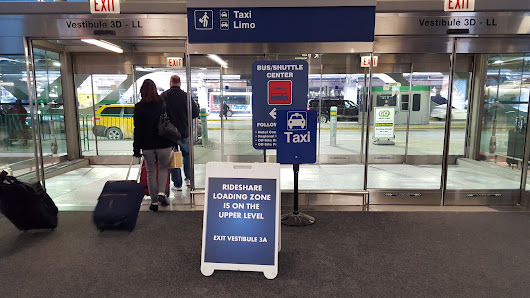 Rideshare companies receive steady business at Chicago airports