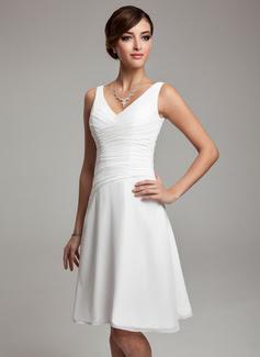 A-Linie/Princess-Linie V-Ausschnitt Knie-Länge Des Chiffon Brautjungfernkleid mit Rüschen Perlen (007001083)