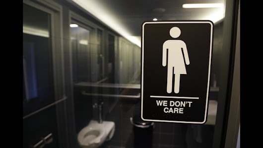 Schools must allow transgender bathrooms, Department of Education says