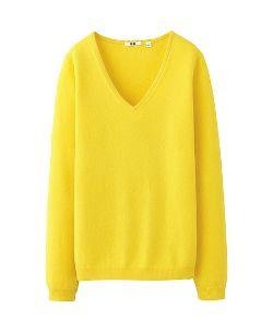 Uniqlo Cashmere V-Neck Sweater in Yellow