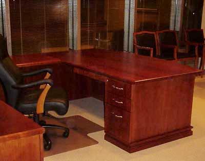Brisas Cherry Wood Queen Size Mansion Furniture Sale ...