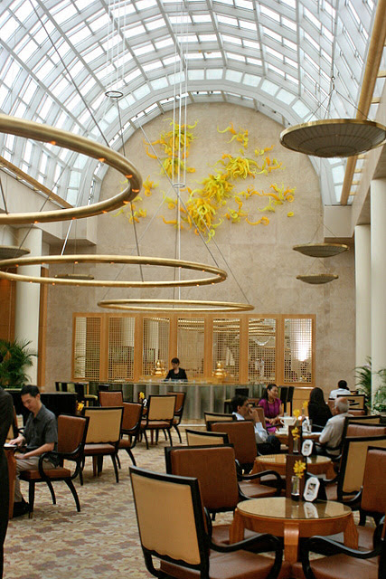 Chihuly Lounge at Ritz-Carlton Singapore