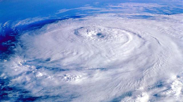 Gotta Watch: Hurricane Irene