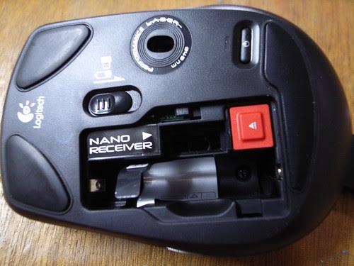 敗家:Logitech VX Nano無線雷射滑鼠:背面