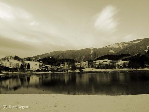 03.12.2012 Goldegg with its small lake