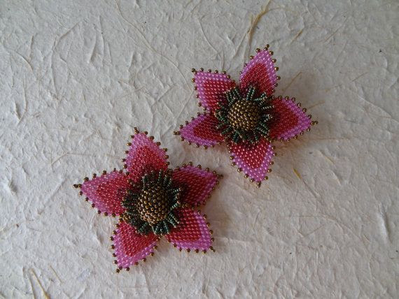 3/D Beadwoven Bright Pink and Metalic Bronze Flower door gayhuntley